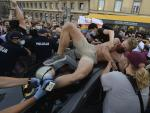 Arrest of Polish LGBT Activist Leads to Scuffle with Police